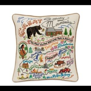 Catstudio Accents - Great Smoky Mountain Pillow (Swan Magic=Catstudio)
